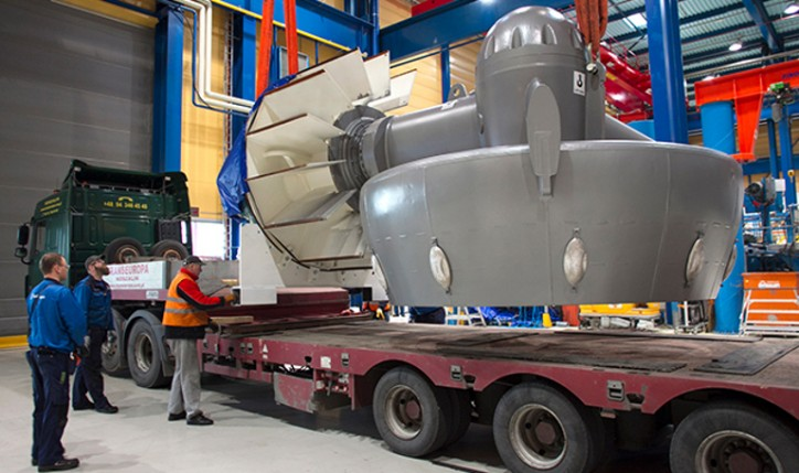 Rolls-Royce delivers Damen's 1000th azimuth thruster