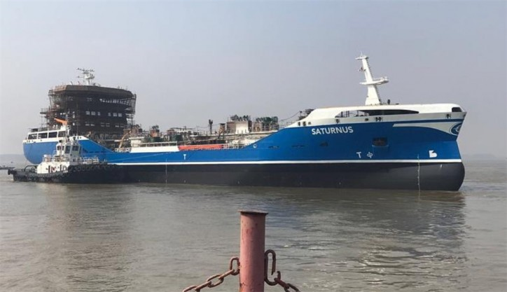 FKAB launches Saturnus - the first of two Sirius Shipping product and chemical tankers from the Avic Dingheng shipyard in China