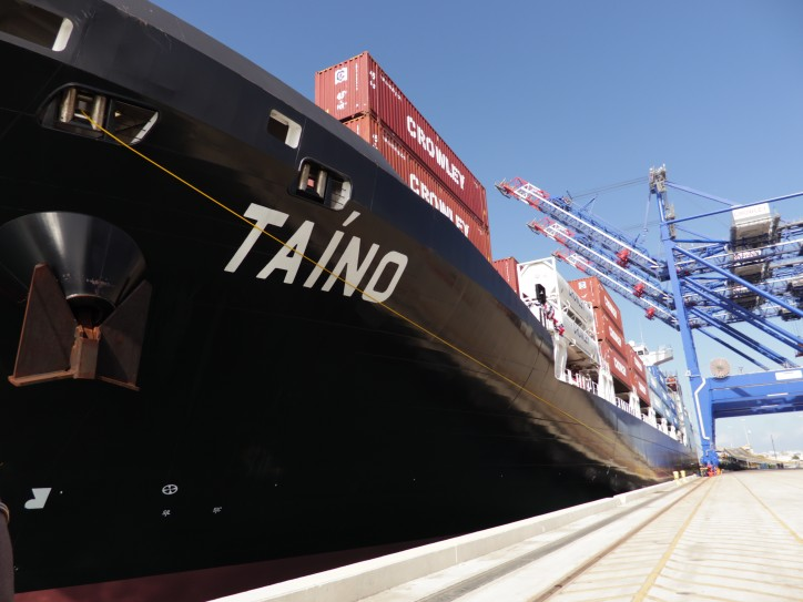Crowley Christens LNG-Powered Ship MV Taíno in Puerto Rico