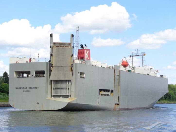 "Vehicle Carrier ""MAKASSAR HIGHWAY"" Aground at offshore of Sweden"