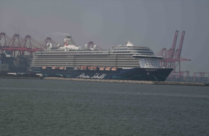 Maiden call for super luxury passenger ship MEIN SCHIFF 3 at Port of Colombo