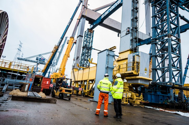 Kalmar wins order for second turnkey STS crane heightening project from DP World Antwerp Gateway NV