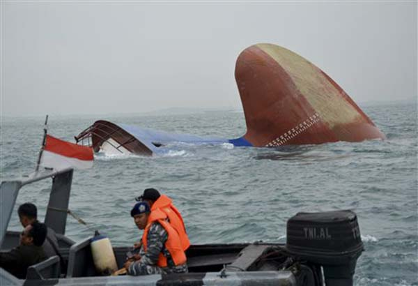 UPDATE: 6 Filipino crew missing after Danish cargo ship Thorco Cloud sinks near Indonesia