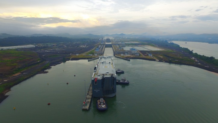 Spotted: World's Largest PCTC transits expanded Panama Canal (Video)