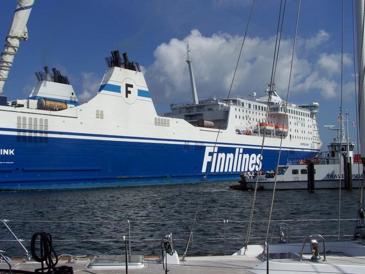 Finnlines' MS Finnswan (formerly MS Nordlink) starts in Naantali–Långnäs–Kapellskär route