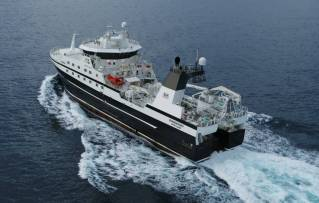 GONDAN delivered new Fishing Stern Trawler: Sunderøy