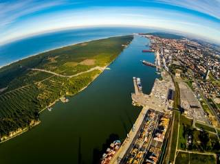 Klaipeda State Seaport Authority signed contract for the dredging works of the shipping canal up to 15 meters