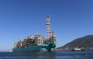 PETRONAS 'zweites schwimmendes LNG-Schiff segelt von Südkorea auf seiner Jungfernfahrt nach Malaysia