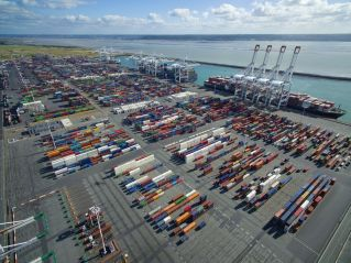 DP World's Joint Venture Wins Concession for Berths 11 & 12 of Port 2000 in Le Havre