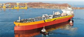First Russian Aframax tanker, Vladimir Monomakh, launched at Zvezda shipyard
