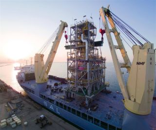 SAL Heavy Lift becomes world's first to equip vessels with new hydrogen / methanol injection technology