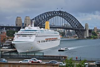 Top 5 Cruises from Sydney to the South Pacific Islands, Royal Caribbean, and Carnival