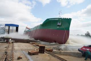 Thun Tankers successfully launched new E-Class vessel Thun Empower