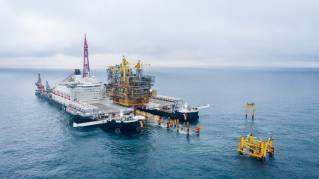 Pioneering Spirit Removes Tyra East Alpha