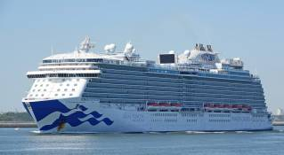 Three more repatriation liners to call on Cruise Port Rotterdam