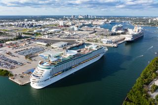 Port Everglades Tops World Record by 79 Passengers