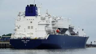 NOVATEK Completes First Ship-to-Ship LNG Transshipment in the Murmansk Region