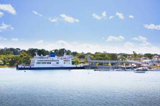 Wightlink schedules more weekend sailings