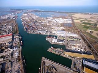 Ravenna Port Hub Contract Awarded To a Consortium Including DEME