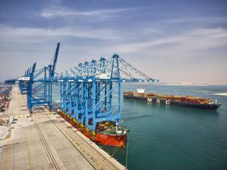 Abu Dhabi Terminals Receives 5 New Ship-To-Shore Cranes, Part of Expansion Plan to Double Capacity