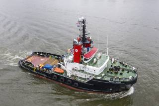 BREMEN FIGHTER, most powerful tug in the Boluda Towage fleet, now displays the corporate logo of the company