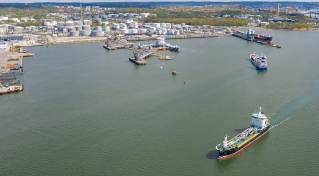 The Port of Gothenburg will offer shoreside power for tankers from 2023