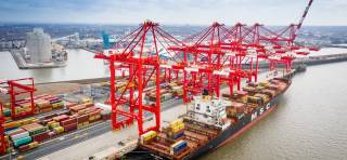 Peel Ports makes record container volume from single vessel