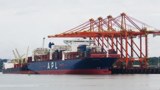 Puerto Aguadulce begins 2020 operations with the largest vessel ever to call Colombia