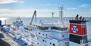 LNG STS bunkering – 'First-off' operations in France, Germany and Norway