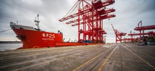 Latest Ship-to-shore cranes arrive in Mersey for L2 Terminal