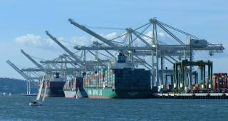 Port of Oakland welcomes biggest ship ever this week