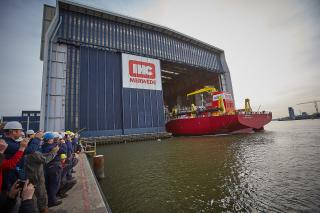 Royal IHC Launches First Of Two Beagle 8 TSHDs For Adani