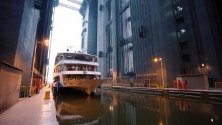World's largest shiplift starts operation at China's Three Gorges Dam (Video)