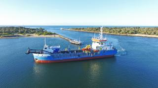 Damen TSHD 650 Tommy Norton begins operations at Gippsland Lakes, Australia