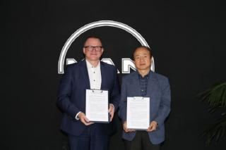 MAN Energy Solutions and Samsung Heavy Industries sign a strategic cooperation agreement for the digitization of marine engines