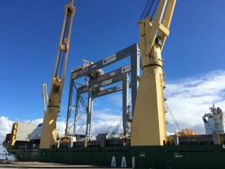 Kalmar Automatic Stacking Cranes arrived to DP World in Brisbane fully erected