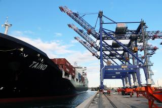 Crowley's LNG-Fueled ConRo MV Taíno Completes Maiden Voyage to Puerto Rico