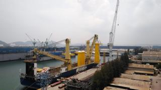 Jumbo Ships Large TP's For First Offshore Windfarm In Taiwan