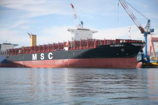 Seaspan takes delivery of fifth 11000 TEU SAVER containership