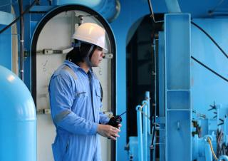IMO welcomes entry into force of financial security for seafarers