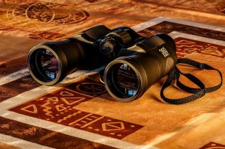 What You Need To Know About Marine Binoculars