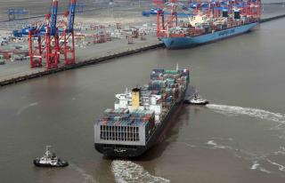 OOCL Tianjin- The first ship from Ocean Alliance arrives at EUROGATE Container Terminal Wilhelmshaven