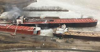 US Coast Guard conducts pollution assessment after vessel fire in Port of Toledo
