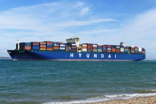 Hyundai Merchant Marine launches joint services with global liners between Asia and west coast of South America