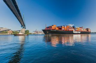 Hapag-Lloyd finishes first quarter of 2017 with positive operating result