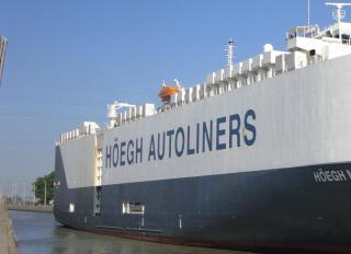 The Biggest Pure Car And Truck Carrier Officially Enters Service