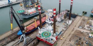 Refit for Jack-up MPI Enterprise at Damen Verolme Rotterdam