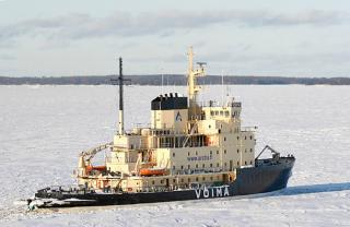 Icebreaker Voima set out to help vessels in the Gulf of Finland