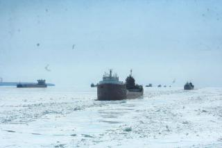 Several ships trapped in Lake Superior ice