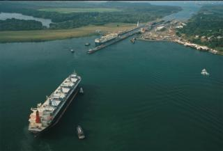 Panama Canal Authority Restricts Draft to Vessels in Transit